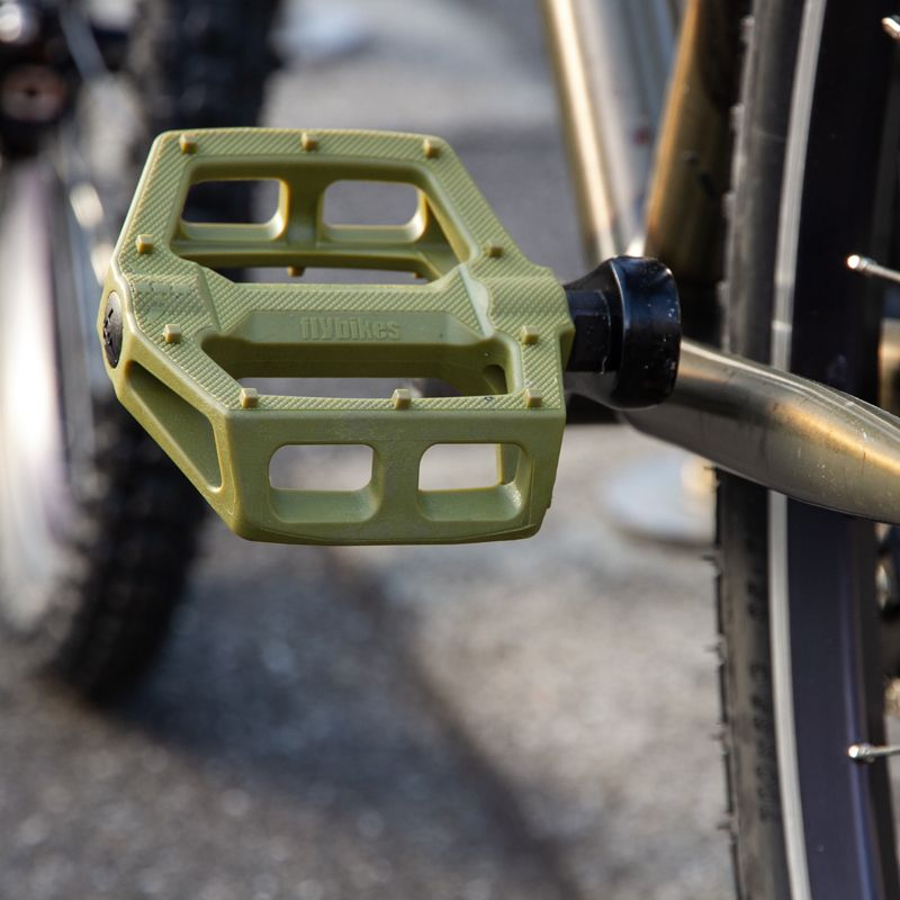 Flybikes Ruben Graphite Pedals Brown