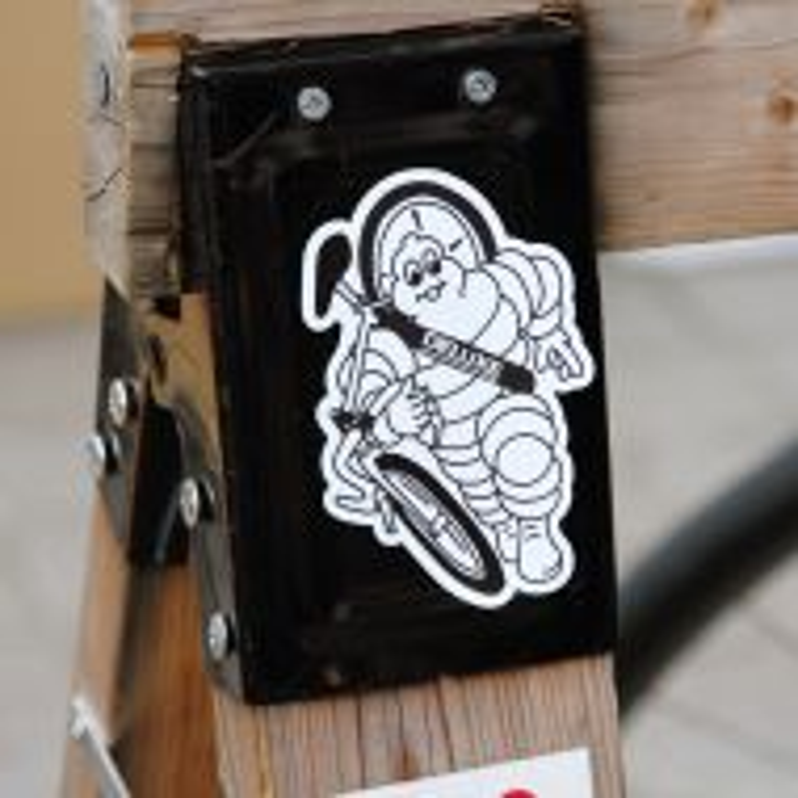 *DELUXE CYCLES* bibendum sticker