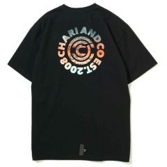 *CHARI&CO* gradation circle logo pkt tee (black)