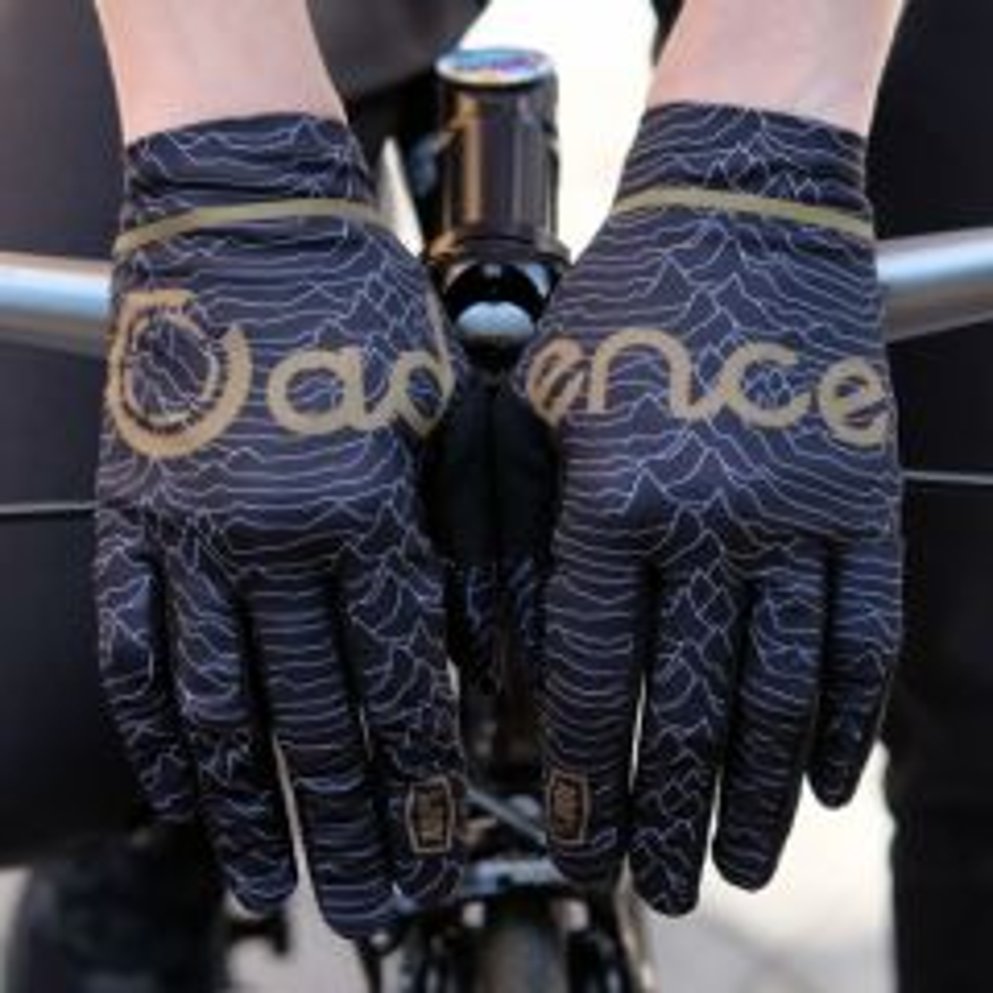 *CADENCE×100%* celium 2 glove (black)