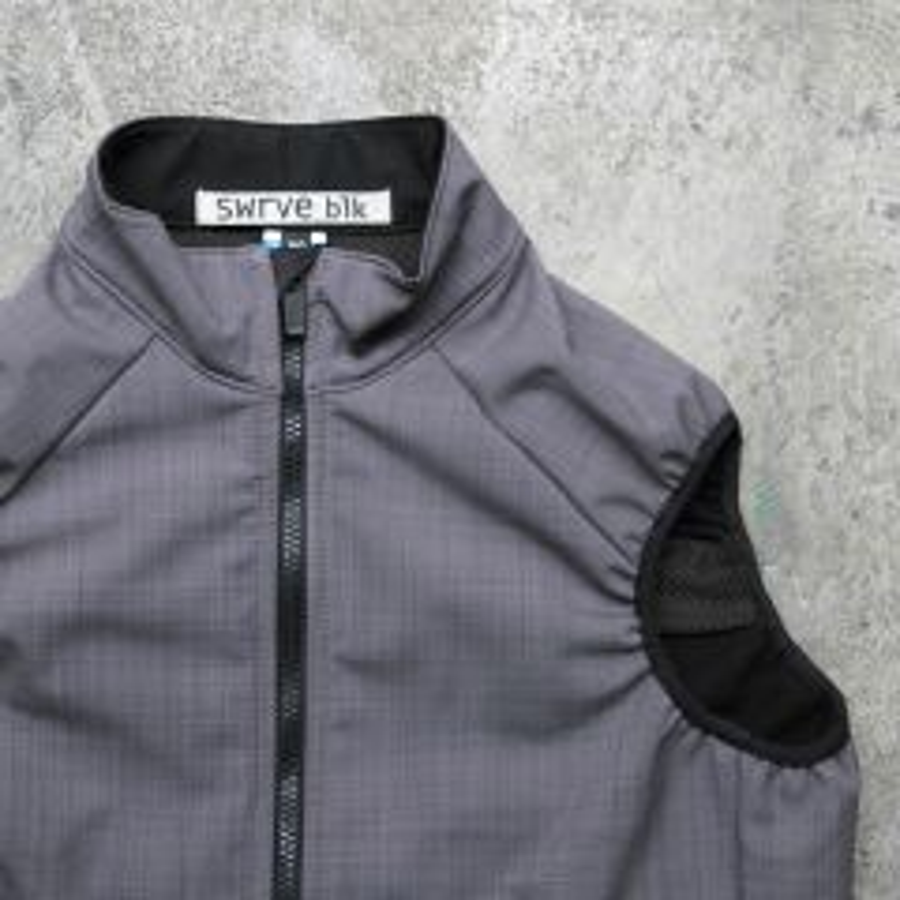 *SWRVE* black label softshell vest (gray)