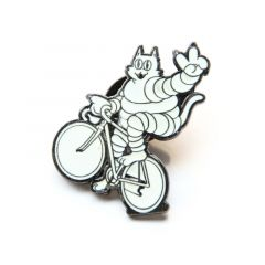 *TEAM DREAM* peace wheelie cat lapel pins